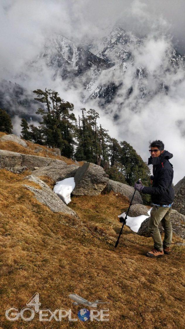 Trek to Snowline- A Trek Above The Triund -16 degree Winter Best Time