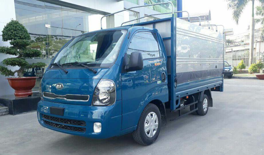 xe tải Kia màu xanh
