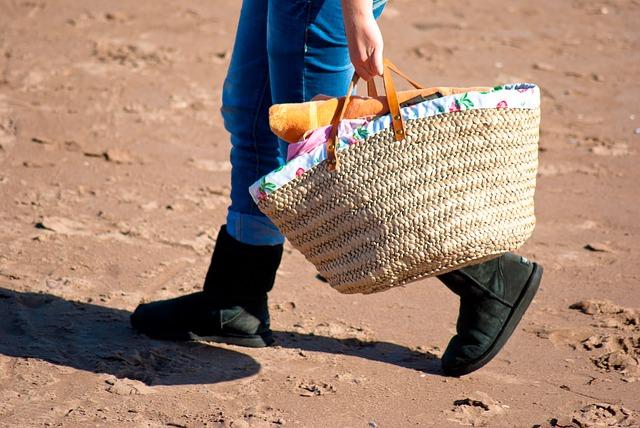 bag-19126_640.jpg