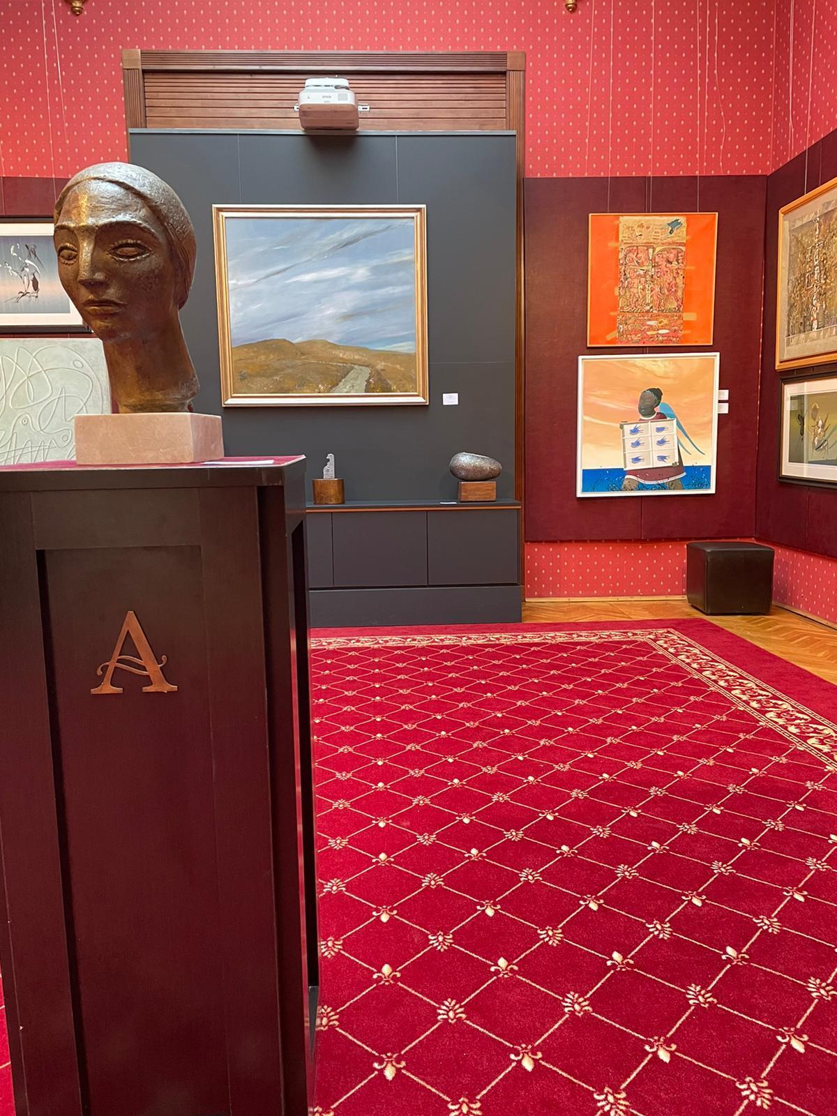 C:\Users\ancar\Desktop\O nouă expoziție de artă la Palatul Cesianu-Racoviță.jpeg