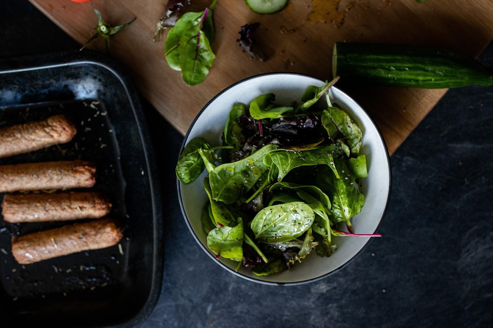 Autoimmune diet: a salad