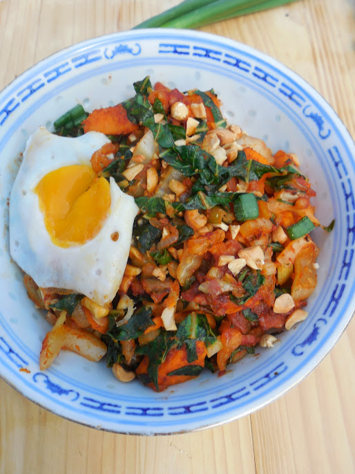 Healthy meal plans by Welcome to Mommyhood - Sweet potato and kale hash