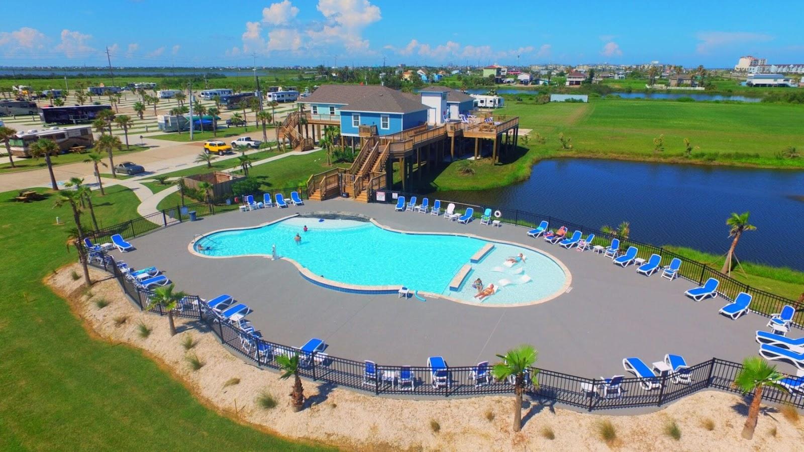 Stella-Mare-RV-Resort-in-Galveston - Best Camping Texas