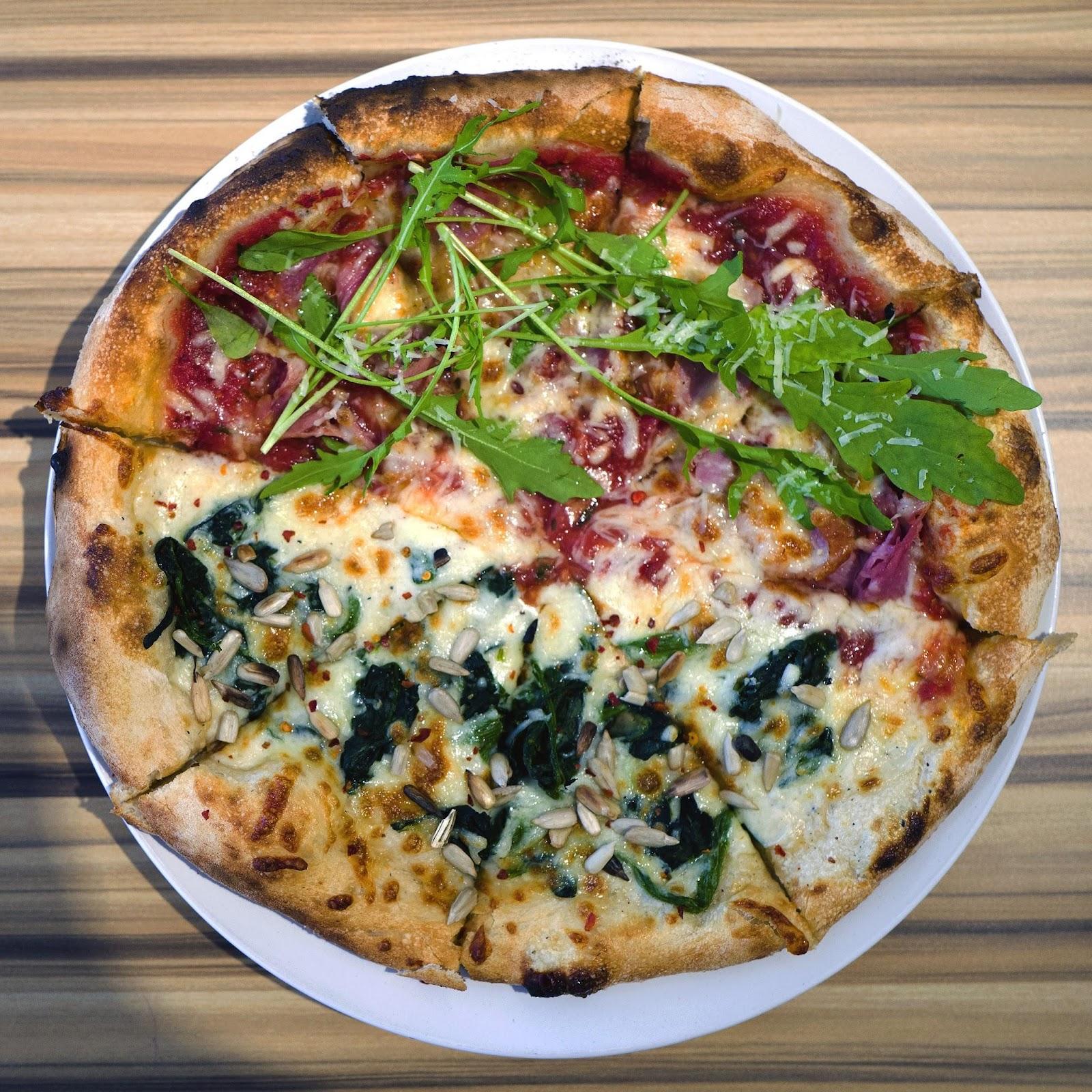 f-pizza-L1110751.jpg