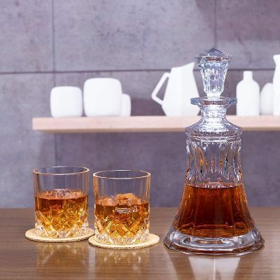 KANARS Whiskey Decanter Set With 4 Glasses