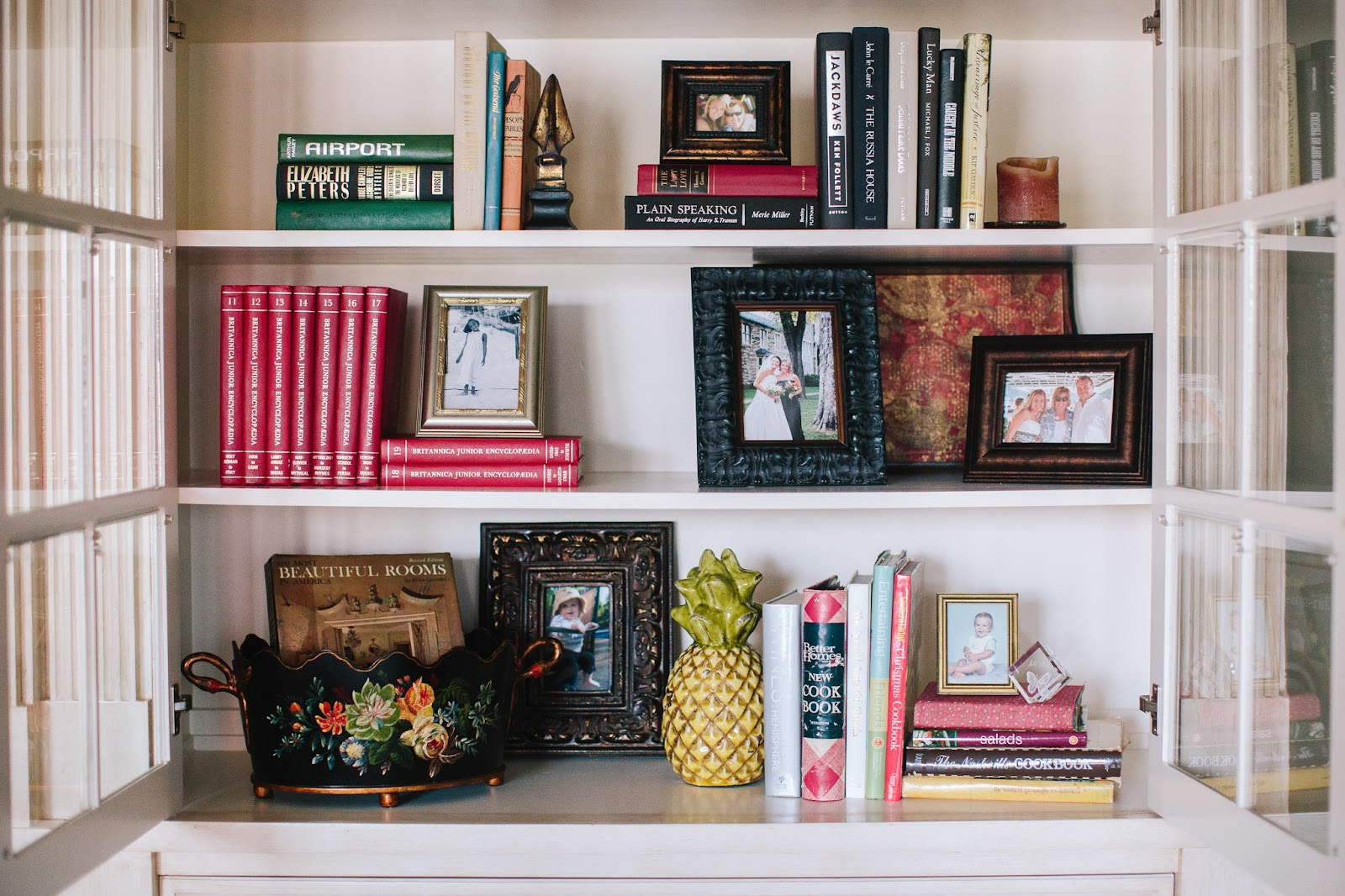 builtin bookshelves decorating photos books art decor