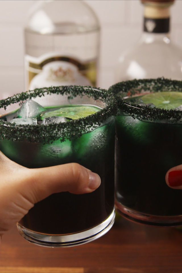 gallery-1507759785-delish-black-magic-margaritas-pinterest-still002.jpeg