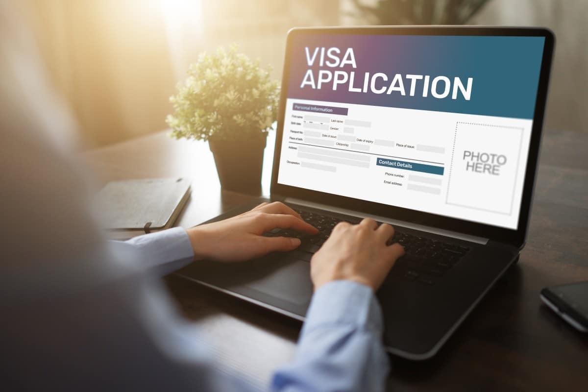https://jameslafevor-a.akamaihd.net/wp-content/uploads/2019/10/What-Are-E-Visas.jpeg