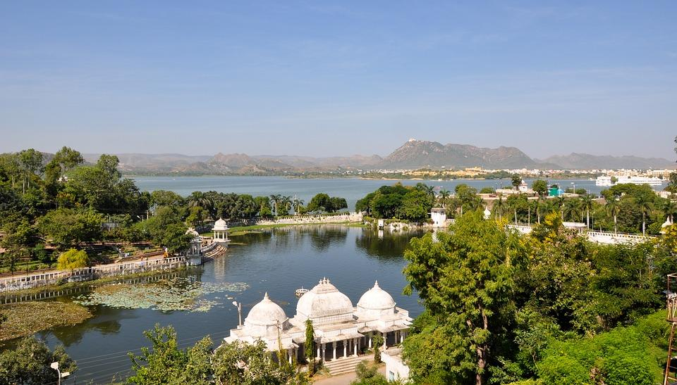 Lake Pichola, Lake City, Udaipur, Rajathan, India