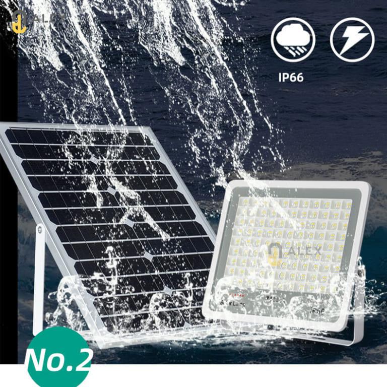 Giá đèn năng lượng mặt trời trong nhà bao nhiêu tiền