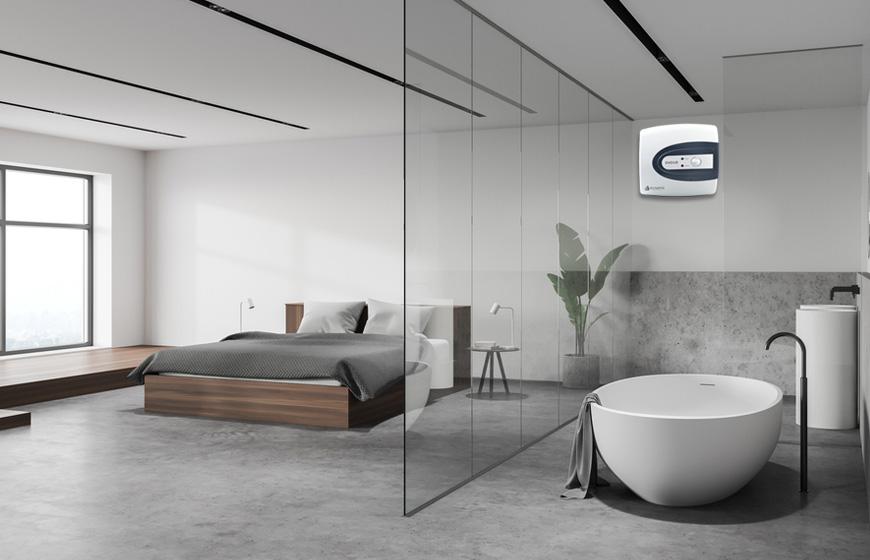 Thiết kế phòng tắm trong phòng ngủ kết hợp kính trong suốt để tạo không gian mở