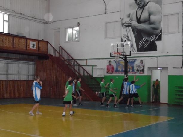 \\ТЕХНИК-ПК\local_trash\школьные фотографии\15-16\октябрь\зональные соревнования баскетбол\отчет о проведении\SAM_6271.JPG