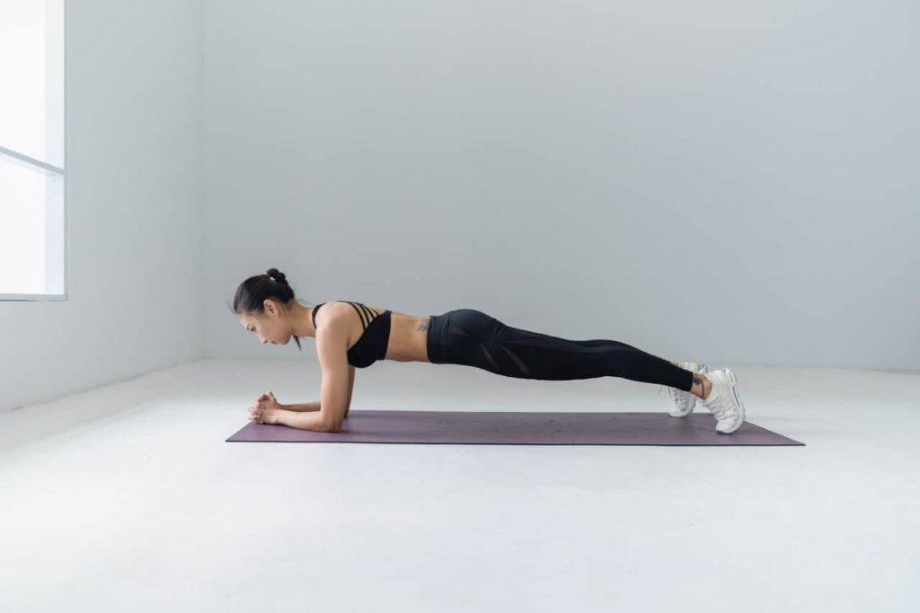 plank for reduce belly fat and strong core