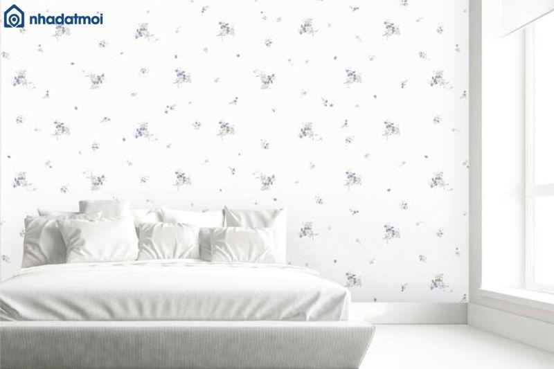 Trang trí phòng ngủ màu trắng bằng giấy dán tường
