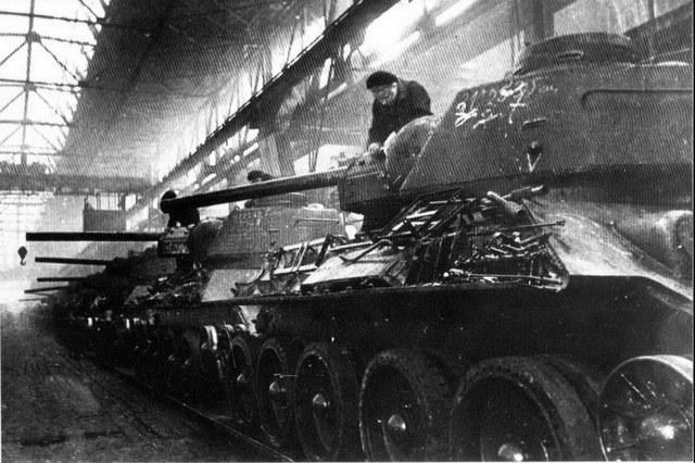 Сборка Т-34-85 на Челябинском танковом заводе