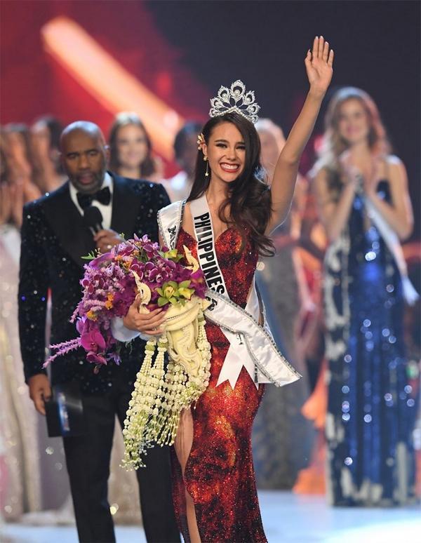 Catriona Gray - Hoa hậu Hoàn vũ đứng lên từ thất bại ở Miss World -  VnExpress Giải trí