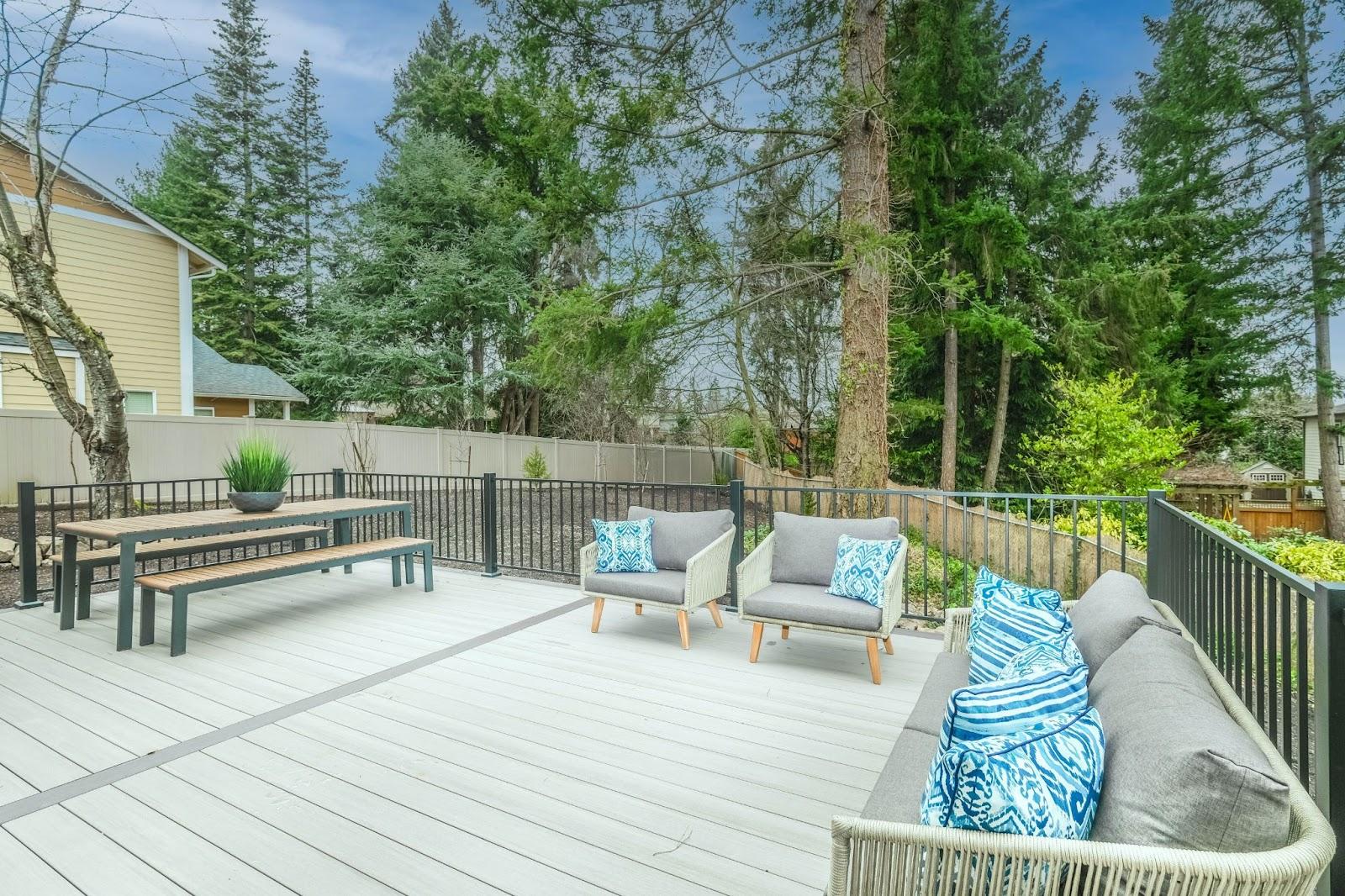 patio deck; modern outdoor furniture ideas