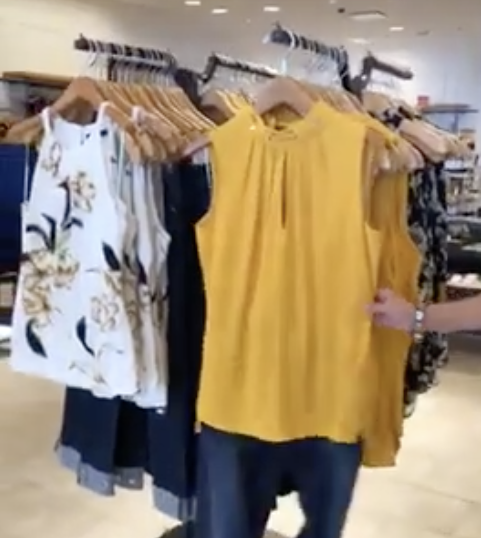 destin commons fall fashion lines 2019 white house black market yellow floral outfits