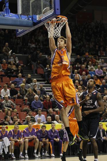 http://www.basketblog.es/wp-content/uploads/2011/11/ValenciaBasket2.jpg