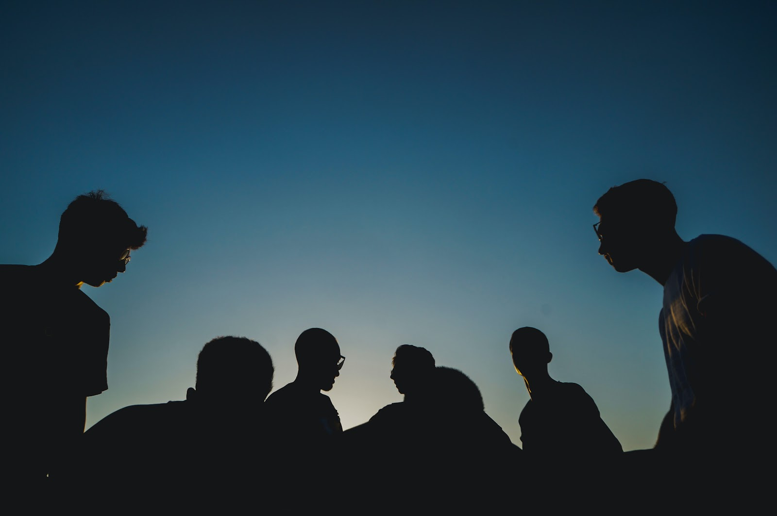 Groupthink (what it is & how it influences us?)