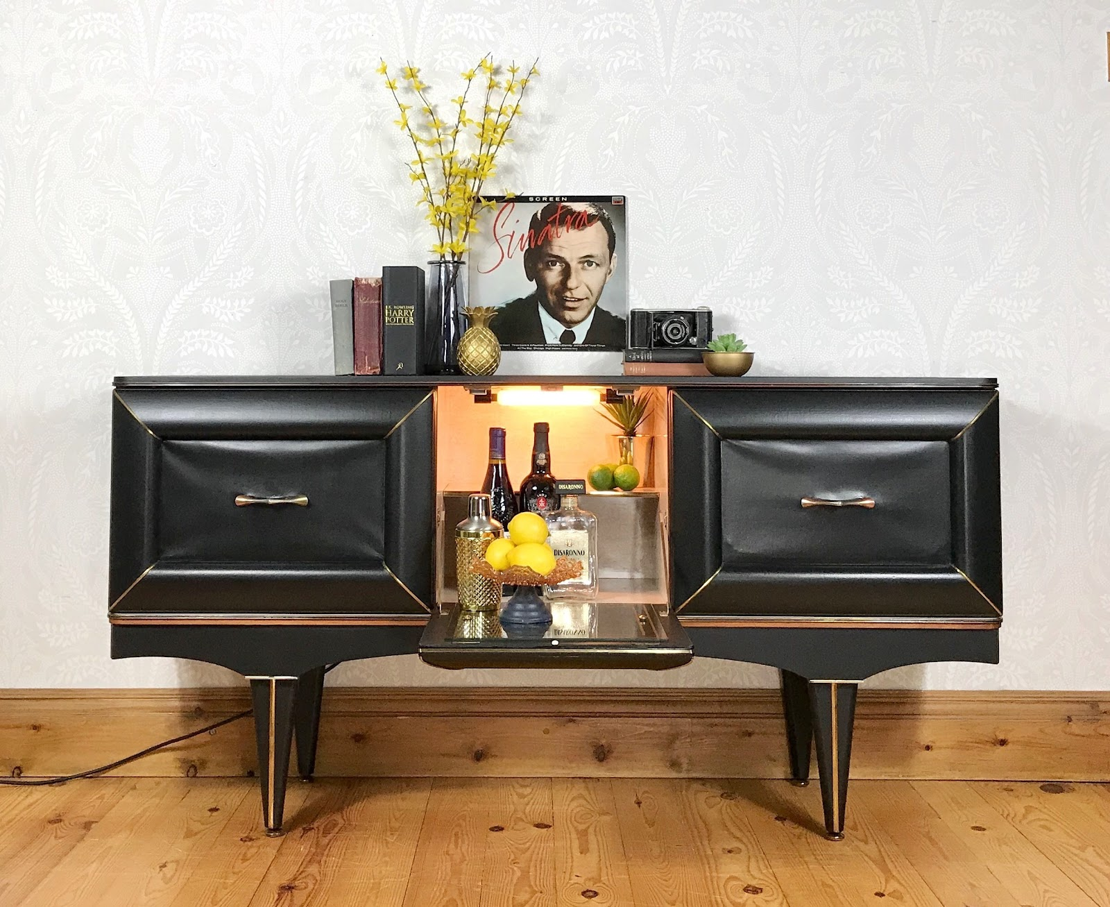 Vintage sideboards for every lifestyle, budget and taste
