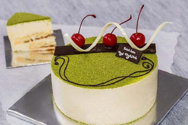 Đến với đơn vị cung cấp bánh kem tphcm uy tín, bạn sẽ dễ dàng lựa chọn bánh sinh nhật độc đáo