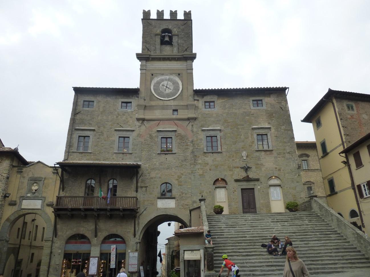 C:\Users\Gonzalo\Desktop\Documentos\Fotografías\La Toscana\103_PANA\103_PANA\P1030245.JPG