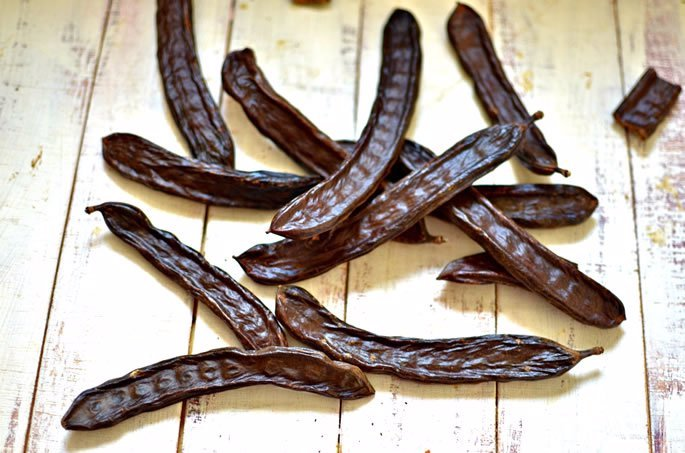 Herbs for Dogs Carob