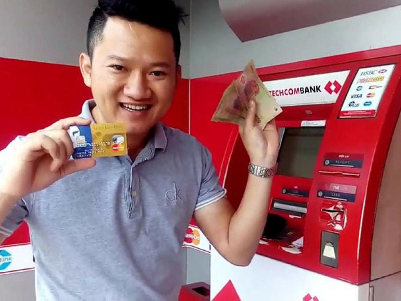 Ngân hàng Techcombank cung cấp đa dạng các sản phẩm thẻ tín dụng