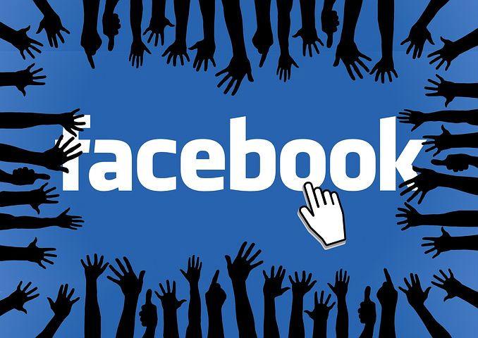 image logo Facebook avec des mains