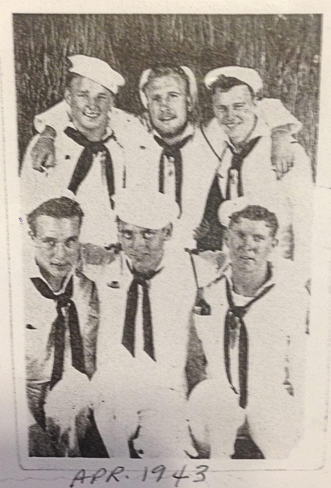 Lee Bergmeier Gun Crew Apr 1943.jpg