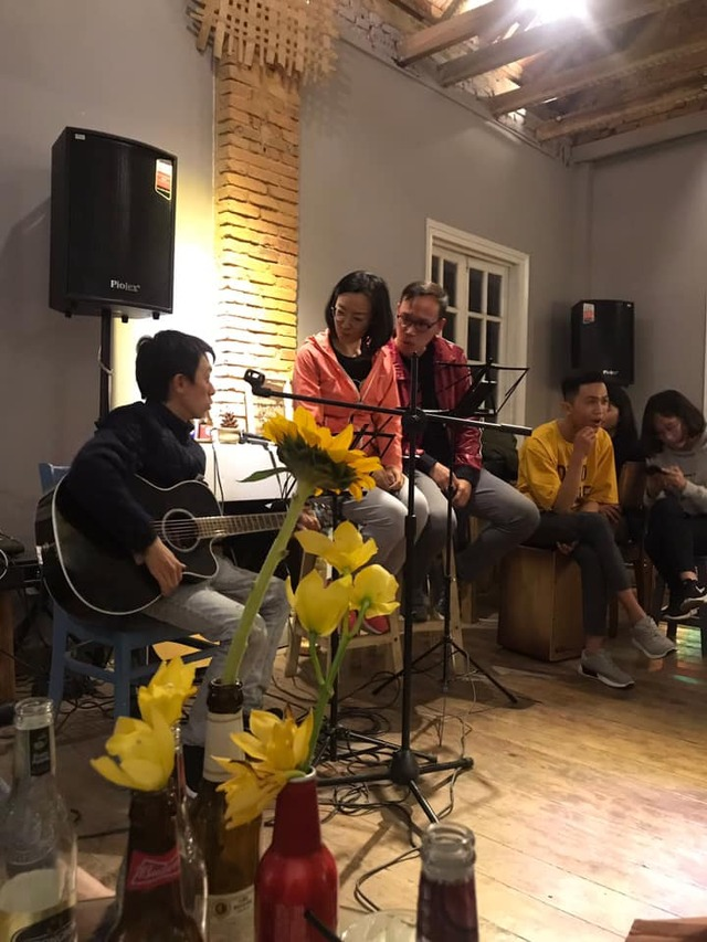 QUÁN CAFE ACOUSTIC