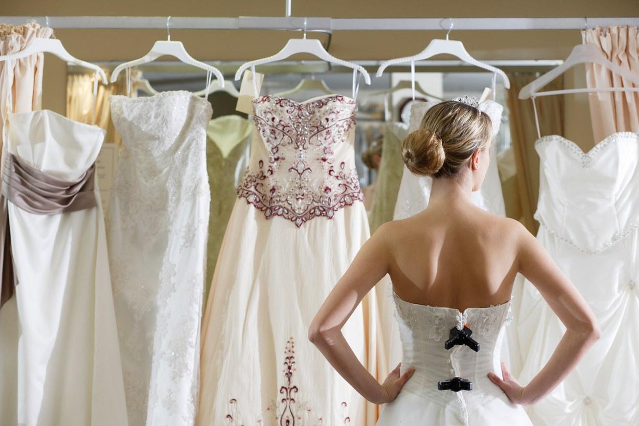 O que fazer e o que não fazer quando for escolher seu vestido de noiva 06