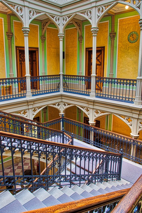 Treppengeländer (5 wichtige Fakten!)