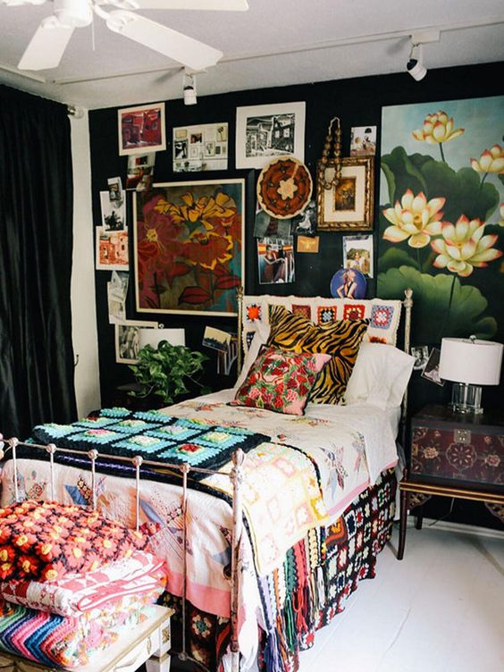 Maximalist Bedroom Ideas for A Young Lady