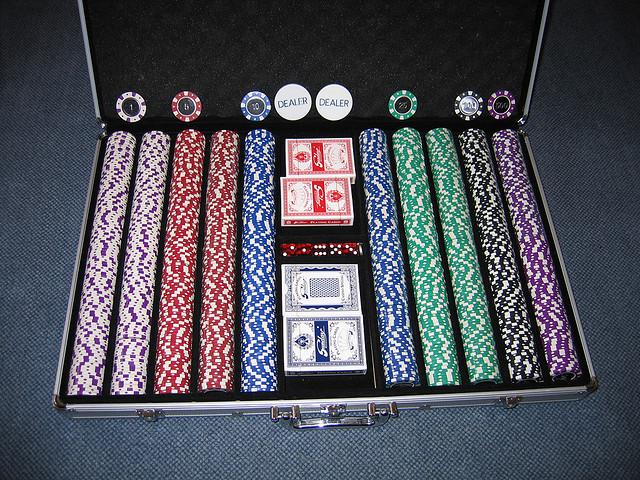 poker111.jpg