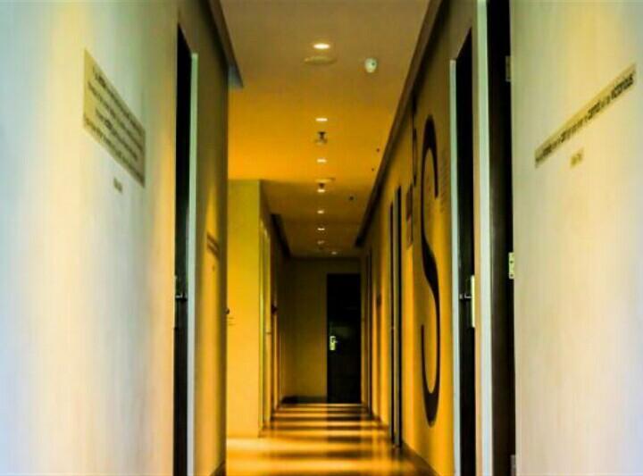 Cleo Hotel Basuki Rahmat Merupakan Bagian Dari Jaringan Business Yang Ada Di Surabaya Ini Dikelola Oleh Tanly Hospitality Operator