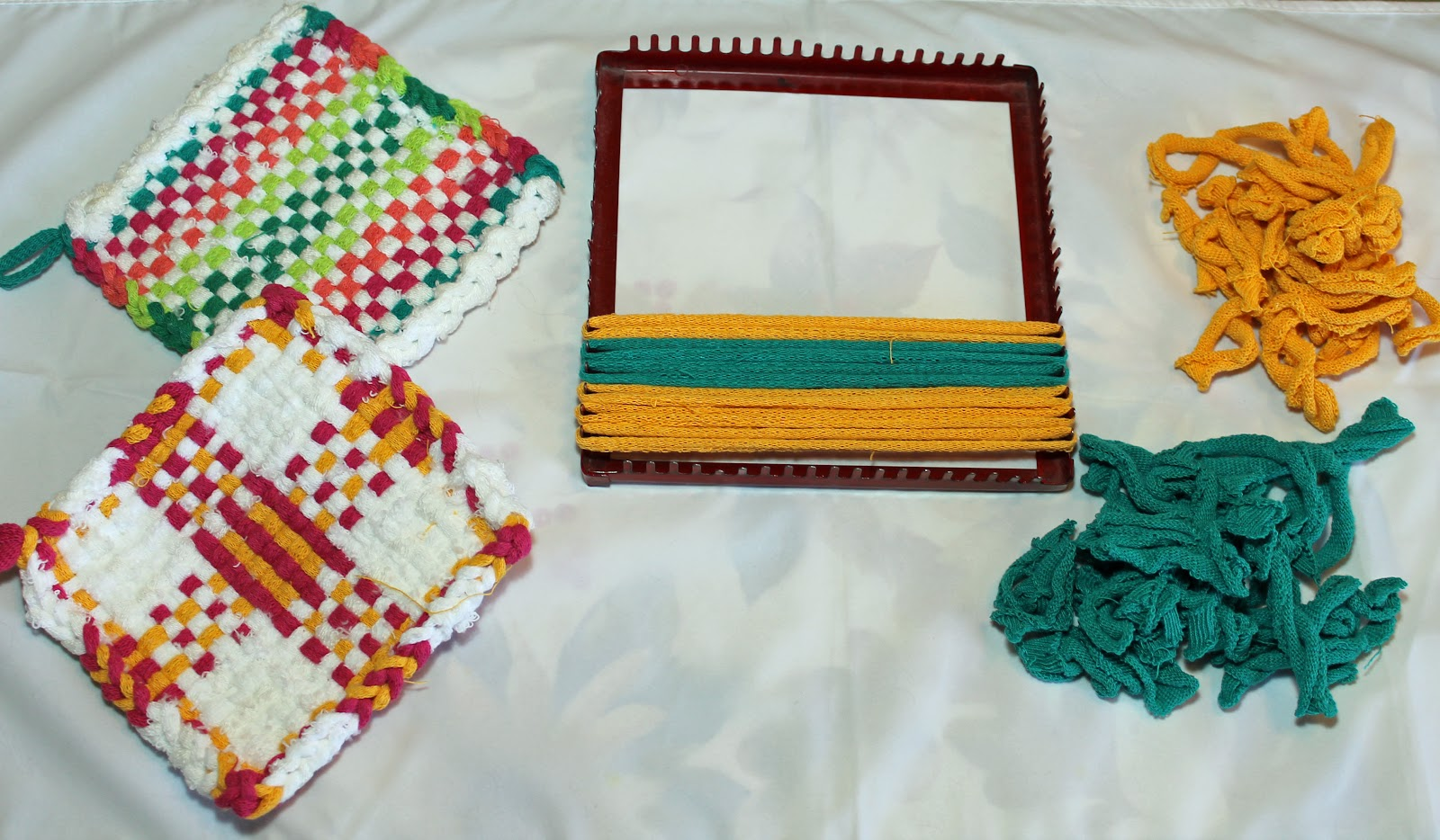 loom and potholders.jpg