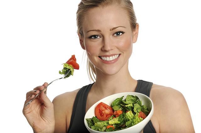 woman-tries-delicious-food.jpg