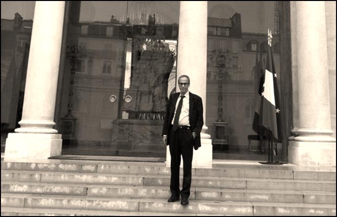 C:\Users\pc\Pictures\Mustapha Saha sociologue conseiller au Palais de l'Elysée. NB 2.png