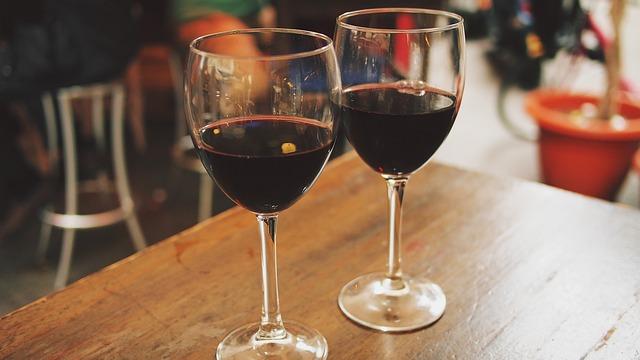 wine-890371_640.jpg