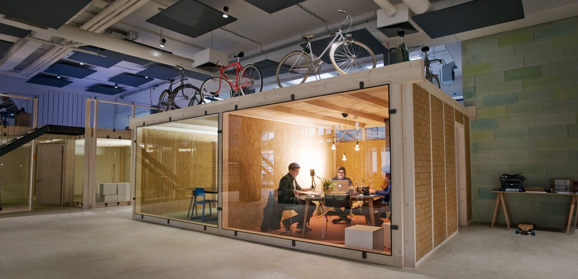 Coworking Space Munich: 9 Best Spaces with Pricing, Amenities & Location [2021] 24