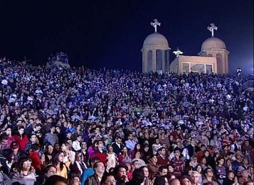 https://www.churchinchains.ie/wp/wp-content/uploads/2016/09/Egypt%20Prayer%20Meeting.jpg