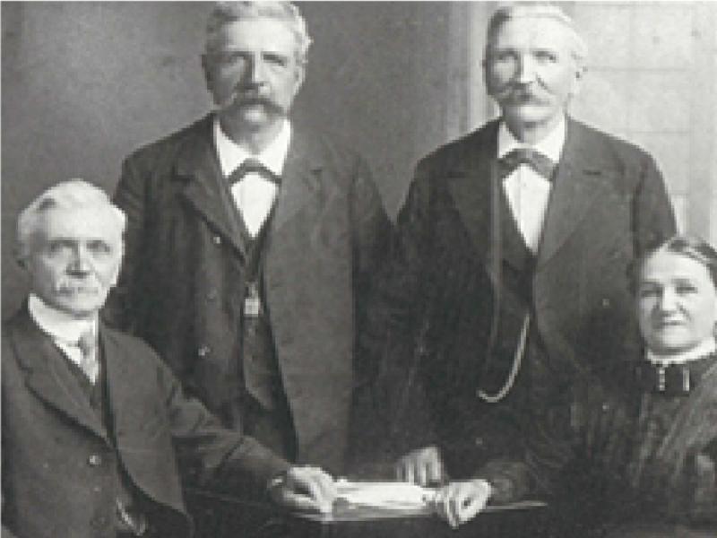 Ông Adolf  là thành viên của gia đình tiên phong trong lĩnh vực sản xuất đồng hồ ở Solothurn