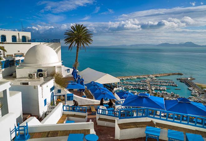З 4 червня Туніс чекає на гостей