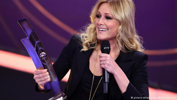 Echo 2015 - Verleihung an Helene Fischer für den Hit des Jahres 2015