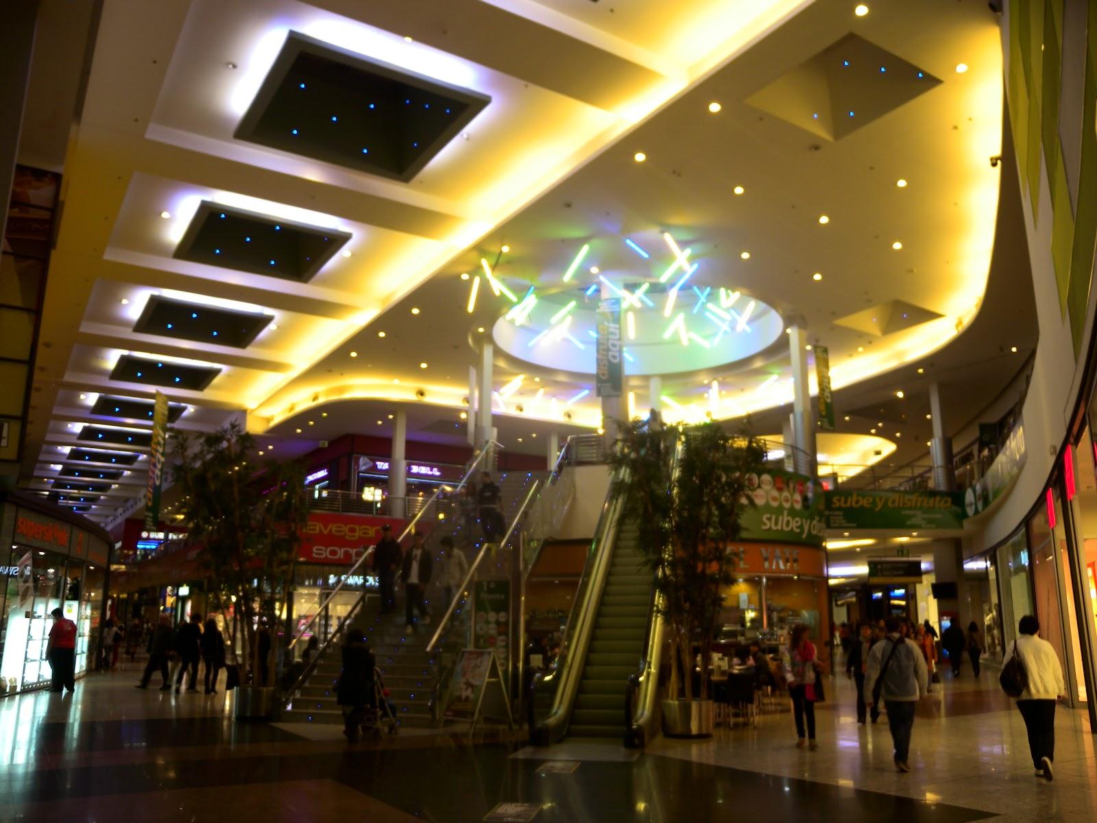 centros comerciales Málaga Vialia