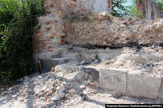 Знайдені працівниками національного заповідника «Хортиця» надгробки