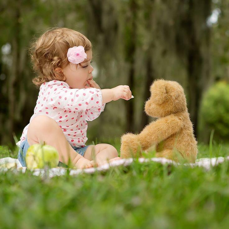کودک و عروسک