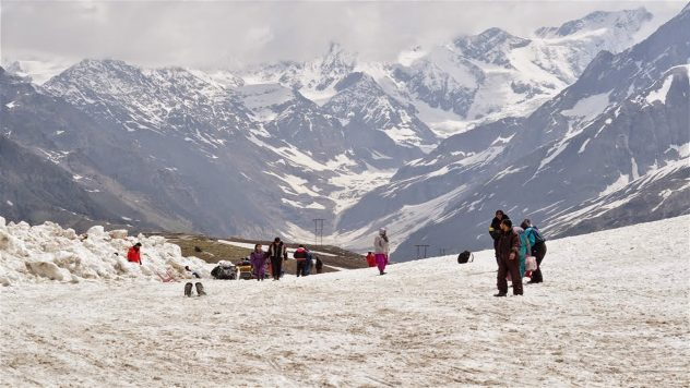 Manali for Solo Traveler Things to Do Rohtang Pass